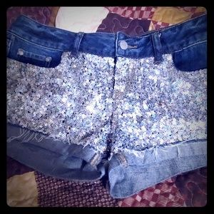 Bling bling short shorts